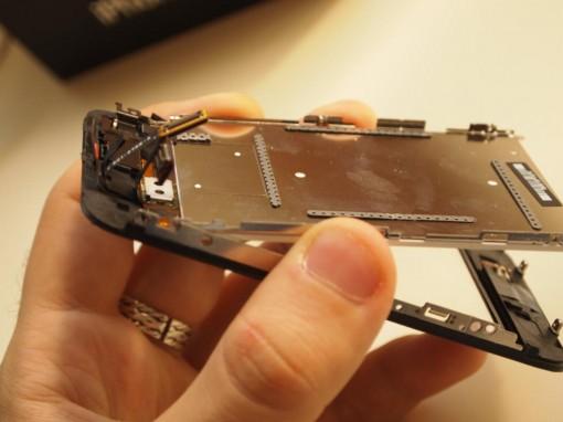 Smontaggio display iPhone 3GS