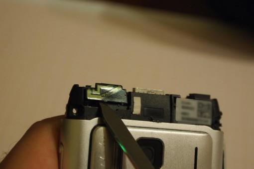 Nokia N8 rimozione antenna