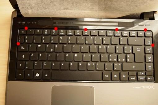 Acer 4820TG - Rimozione Tastiera - 1