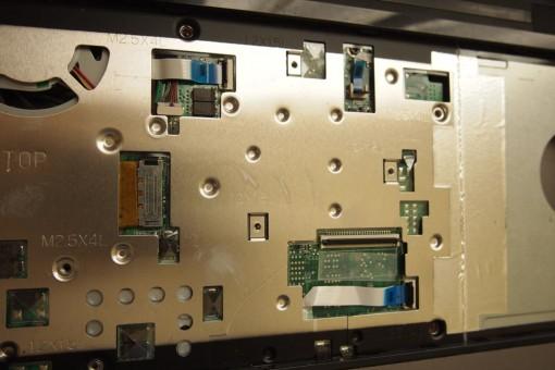 Acer 4820TG - Rimozione Cover superiore  - 3