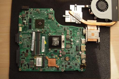 Acer 4820TG - Rimozione CPU - 2