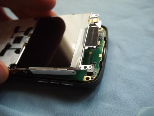 Nokia E72 Rimozione gabbia metallica - 1
