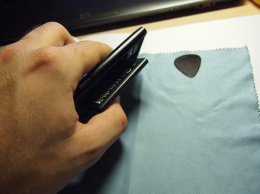 Nokia N9 - Smontare - 5 - Batteria
