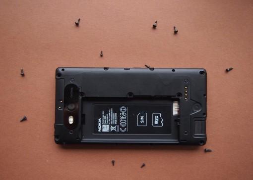 Nokia - 820 - 4 - Viti