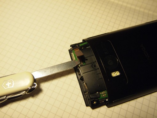 Nokia X7 - smontare - 6 - connettore digitizer