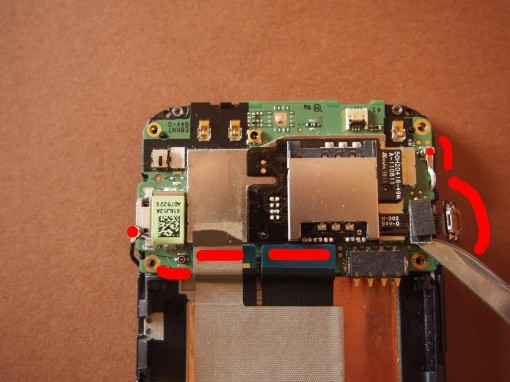 HTC Radar - 12 - cavi da scollegare scheda madre